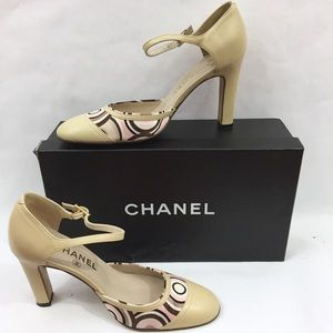 Chanel Beige Leather Classic Heels 01P Size 36.5